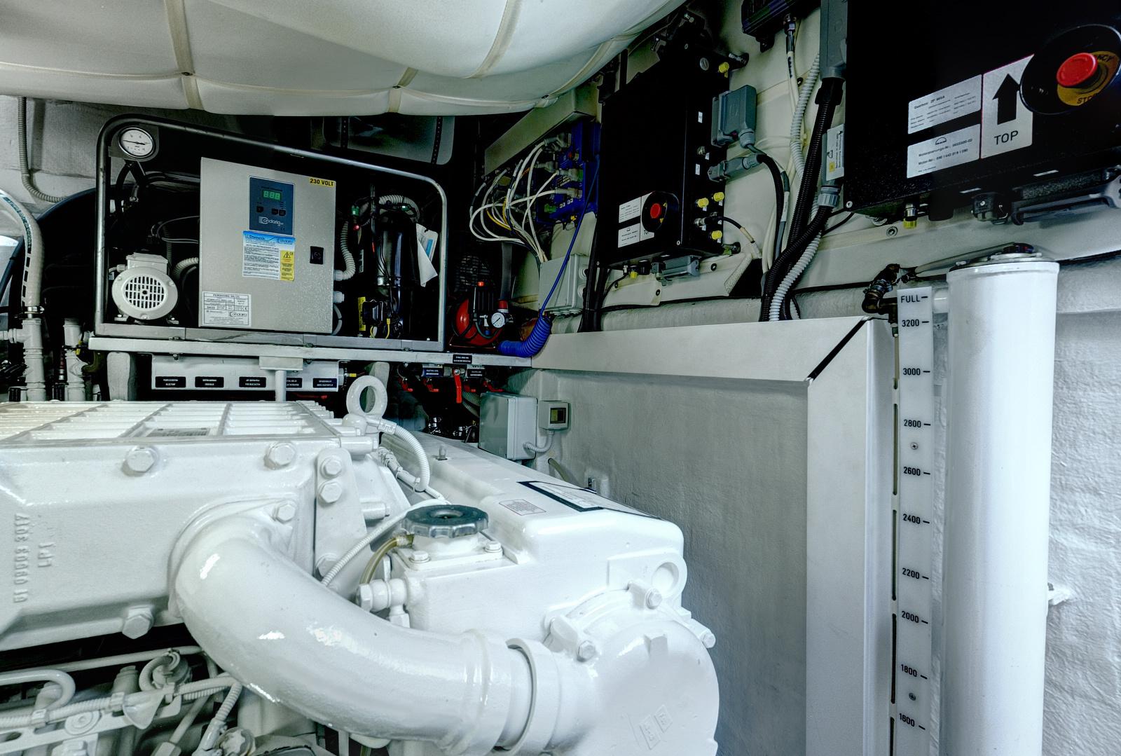 Engine Room5
