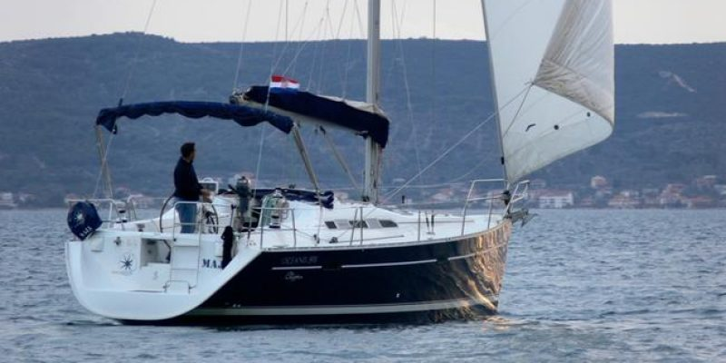 Beneteau Oceanis 393 Clipper 2005  € 65000